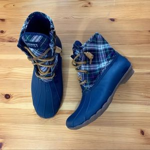 SPERRY Duck Boots in Navy Plaid